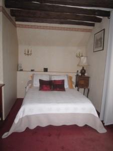 deux chambres et une salle de bains-wc sont à l'étage dans C.L'etage img_24201-225x300
